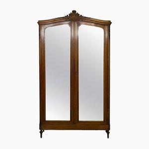 Armoire Antique avec Miroir, France