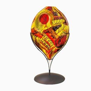 Skulptur eines gelben Herzens von Eros Raffael