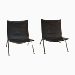 Model PK-22 Black Leather Lounge Chairs by Poul Kjaerholm for Fritz Hansen, 1998, Set of 2