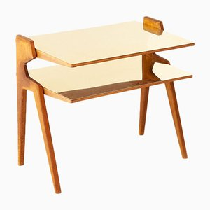 Moderner zweistufiger italienischer Beistelltisch aus Holz & Messing, 1950er