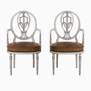 Antike europäische Armlehnstühle aus geschnitztem Holz & Leder, 2er Set