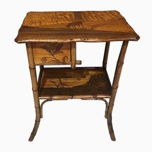 Tavolo antico intagliato in legno