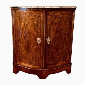 Mueble antiguo de marquetería curvada
