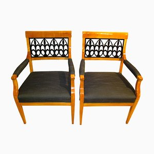Biedermeier Armlehnstühle aus Kirschholz, 1830er, 2er Set