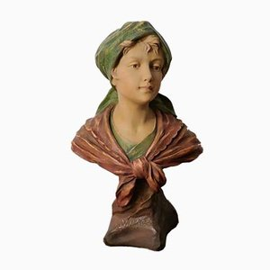 Art Nouveau Terracotta Figur einer Frau von F. Citti