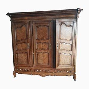 Antiker provenzalischer Kleiderschrank mit 3 Türen