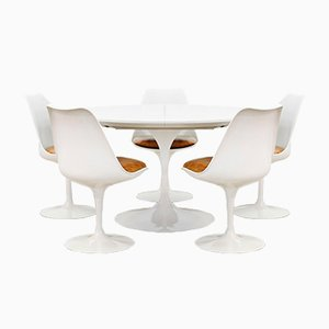 Set with Tulip Chairs & Dining Table by Eero Saarinen for Knoll International, 1960s