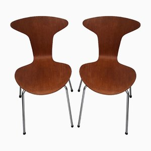 Sedie Mosquito nr. 3105 di Arne Jacobsen per Fritz Hansen, anni '50, set di 2