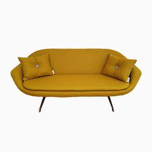 Dänisches gelbes 2-Sitzer Sofa, 1970er
