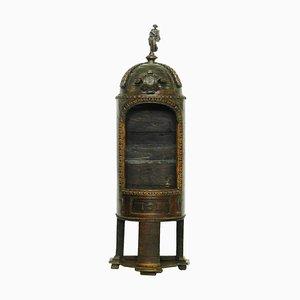 Antiker französischer Schaukasten aus Nussholz