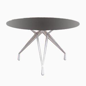 Runder Tisch aus Rauchglas mit Basis aus Eiffel, 1960er