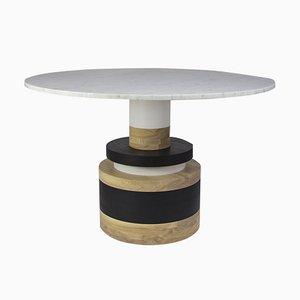 Mittelgroßer Sass Tisch aus Carrara-Marmor von MPGMB für Souda