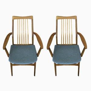 Dänische Mid-Century Esszimmerstühle aus Nussholz von Benze, 2er Set