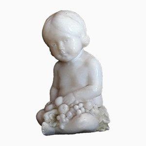 Petite Figurine d'Enfant Antique en Albâtre de Hofkunstanstalt Kochendörfer