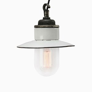 Lampada vintage industriale in ghisa, porcellana e smaltata bianca