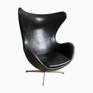 Silla Egip 3316 vintage de cuero negro de Arne Jacobsen para Fritz Hansen, años 70