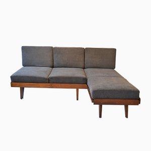 Juego checoslovaco con sofá y reposapiés de Tatra, años 60