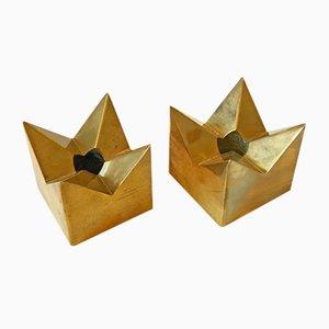 Kronan Kerzenhalter aus Messing von Pierre Forsell für Skultuna, 1960er, 2er Set