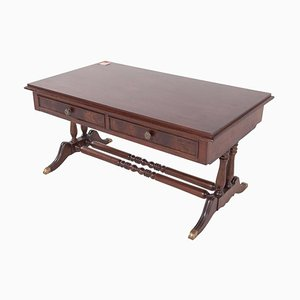 Table Basse Antique, Royaume-Uni