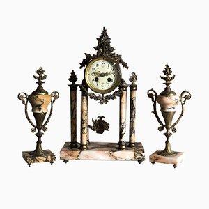 Antike Uhr aus Bronze & Marmor mit 2 Pokalen im Louis XVI-Stil