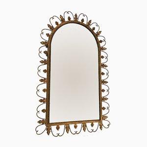 Espejo grande de hierro forjado dorado decorado con hojas, años 40