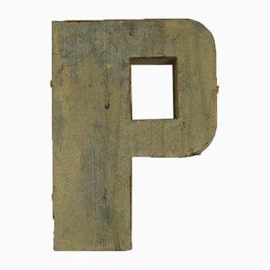Lettera P in latta, Italia, anni '70