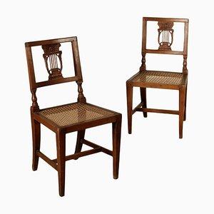 Antike italienische Stühle aus Nussholz, 1700er, 2er Set