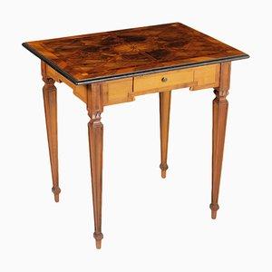Tavolino da caffè neoclassico, XVIII secolo