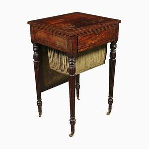 Mesa de centro inglesa con cajones secretos, siglo XIX