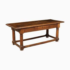 Großer italienischer Tisch aus Nussholz, 1600er