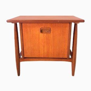 Mueble Mid-Century pequeño de teca