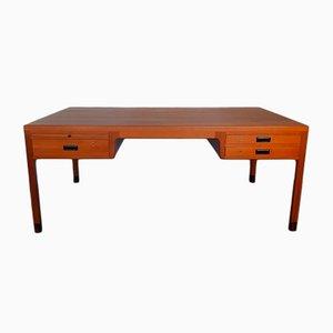 Dänischer Chef-Schreibtisch aus Teak von Ejner Larsen & Aksel Bender Madsen für Beck, 1950er