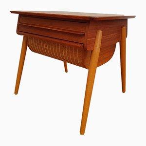 Mesa de costura escandinava vintage