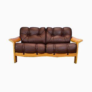 Schwedisches Mid-Century 2-Sitzer Sofa aus braunem Leder & Eiche, 1970er