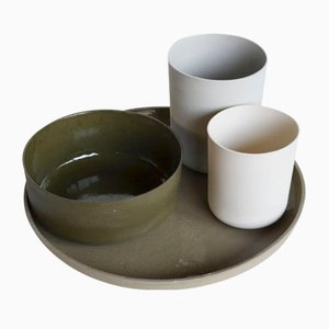 Basic Tableware Set by Betty Montarou