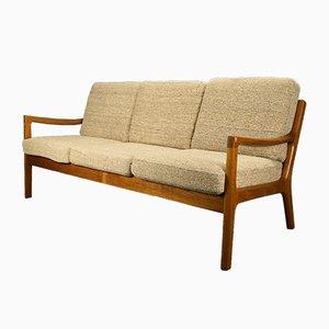 Sofá de tres plazas danés vintage de Ole Wanscher para Cado
