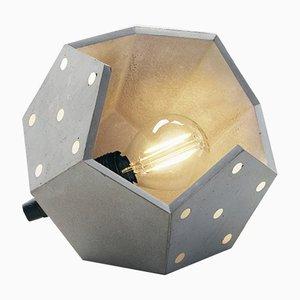 Lampada da tavolo Solo Twelve in cemento di Plato Design