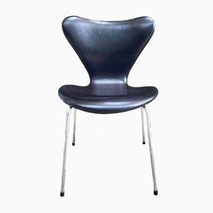 Model 3107 Black Leather Chair by Arne Jacobsen for Fritz Hansen, 1960s