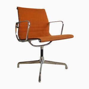 Chaise EA 108 de Charles & Ray Eames pour Hermann Miller, 1970s