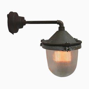 Lampade da parete vintage industriali in ghisa e vetro di Holophane