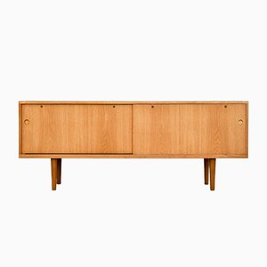 Ry 26 Oak Sideboard By Hans J. Wegner For Ry Møbler, 1960s