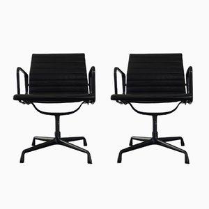 EA 108 Stühle aus Aluminium & Hobsack von Charles & Ray Eames für Vitra, 1987, 2er Set