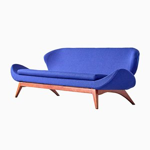 Sofa mit Gestell aus Nussholz & blauem Stoffbezug von Luigi Tiengo für Cimon Montréal, 1963