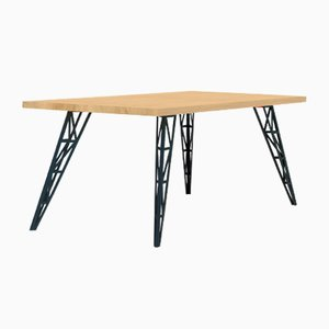 Großer Esstisch mit Tischplatte aus Eiche & gelaserten Stahlbeinen von Aljoscha Vogt für GUSTAV Möblierungen