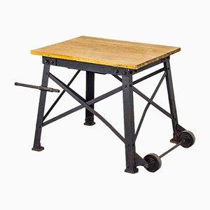 Industrieller Vintage Tisch aus Gusseisen, 1930er