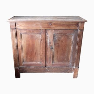 Credenza antica in legno di noce e castagno