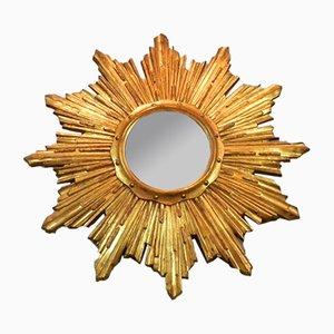 Gewölbter französischer Mid-Century Spiegel in Sonnen Optik