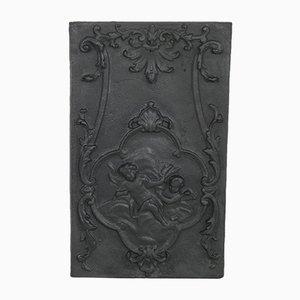 Antiker verzierter französischer Teller mit feuerverzinkter Rückseite