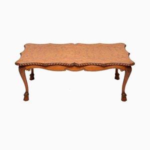 Mesa de centro de madera nudosa de nogal, años 20