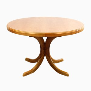 Round Extendable Cherry Dining Table, 1960s
